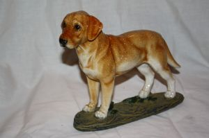 Standing Golden Labrador/Retriever Figurine on Plynth Ornament Now reduced with free P&P!